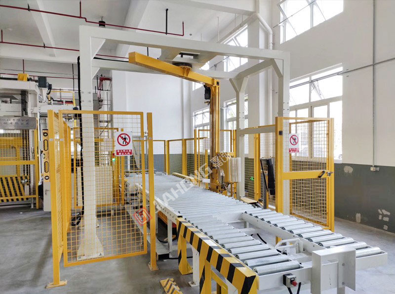 Case of automatic winding machine